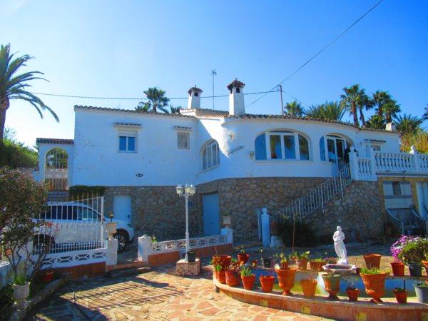 V20 Villa for sale in La Jara with sea views in Alicante Spain - Photo