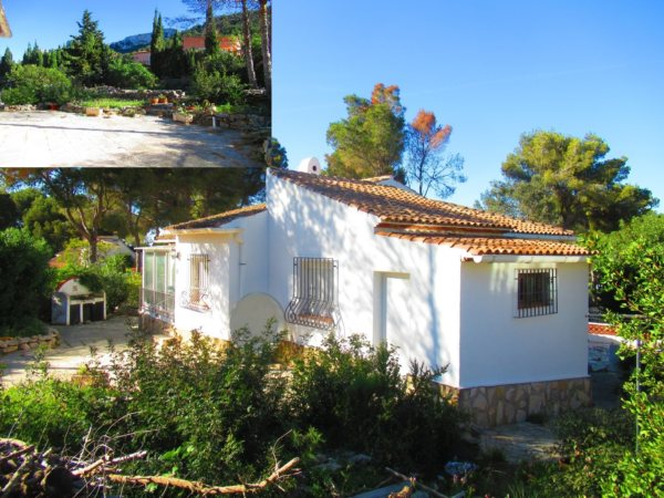 V24 Villa for sale in Denia with 3 bedrooms sea and mountain views - Photo