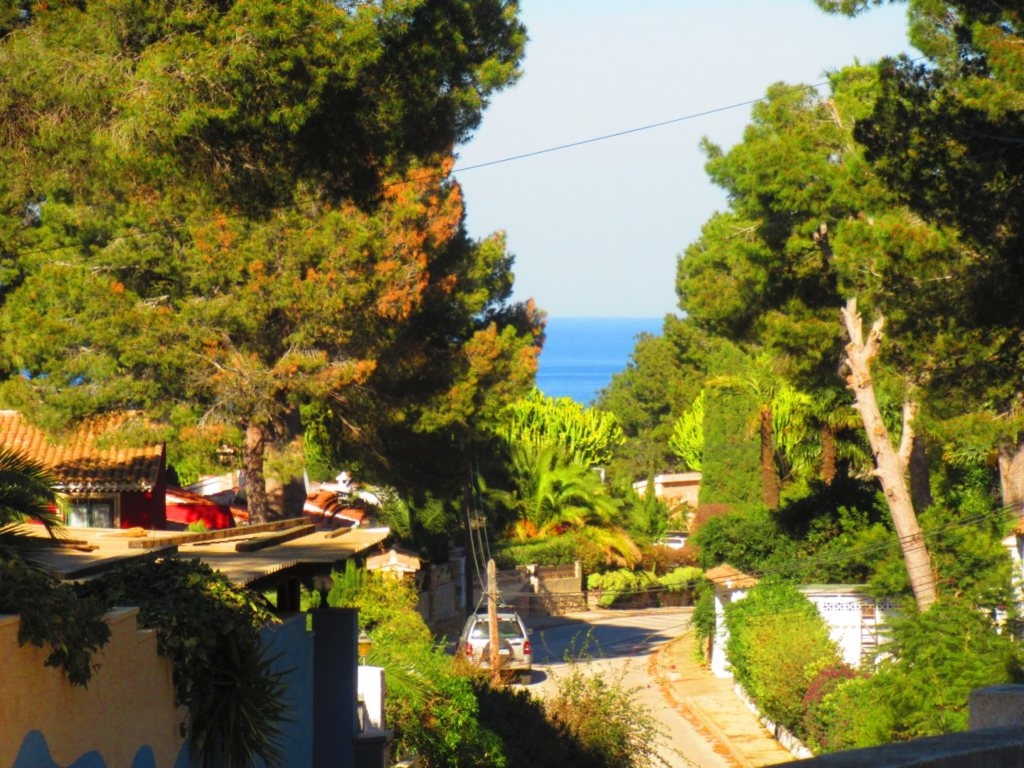 V24 Villa for sale in Denia with 3 bedrooms sea and mountain views - Property Photo 5
