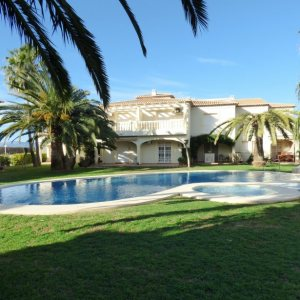 B10 Terraced house for sale in Denia las marinas beach with 3 bedrooms