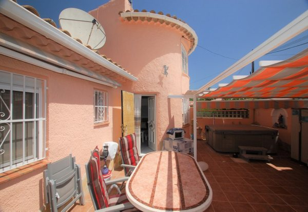 X-3250 Villa in DéNia with 3 Bedrooms - Photo