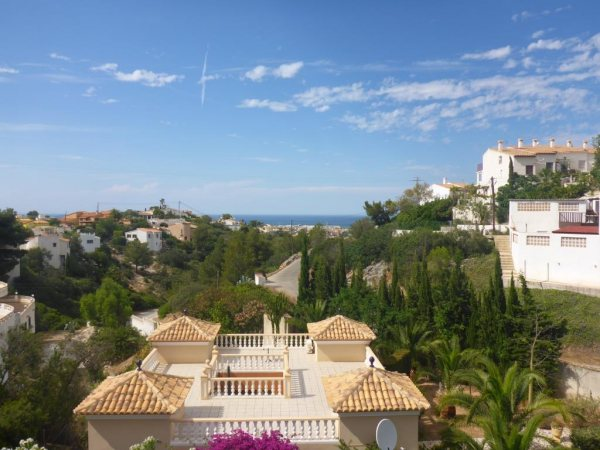 V23 Villa for sale close to Denia town with 3 bedrooms and sea views - Photo