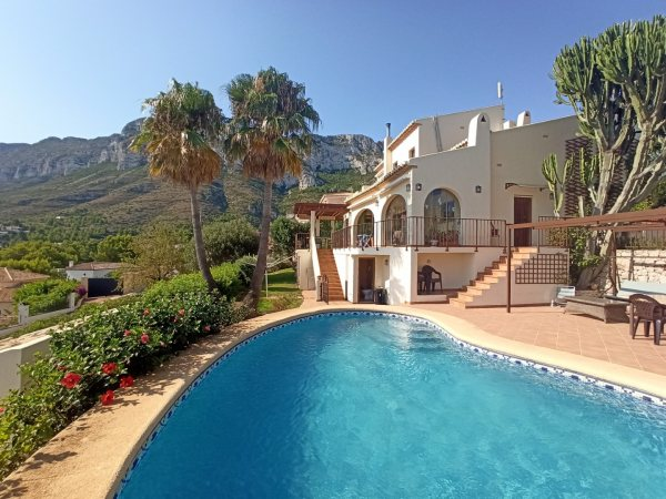VP60 Luxury Villa for sale in Denia with panoramic sea views - Photo