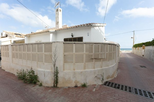 X-CE31527 Bungalow in Els Poblets with 2 Bedrooms - Photo