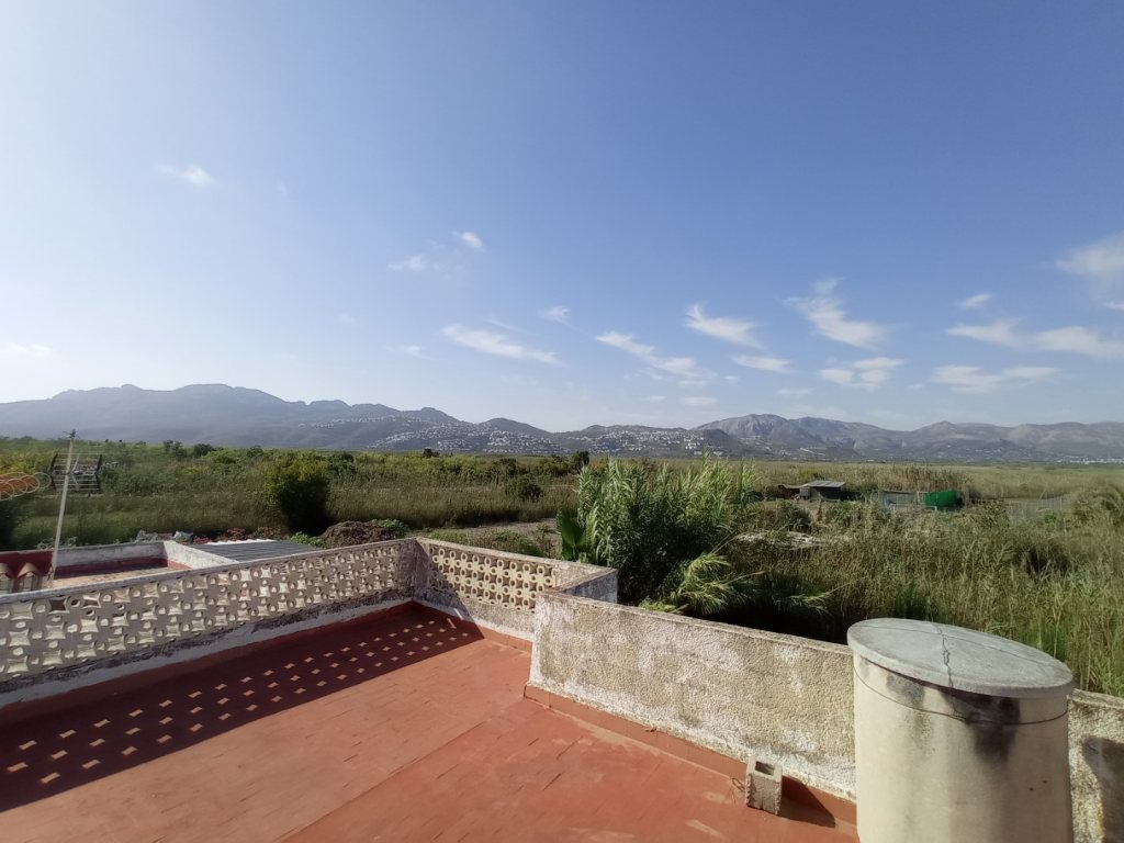 VP4 Country house for sale in Pego with large plot of rustic Land - Property Photo 2