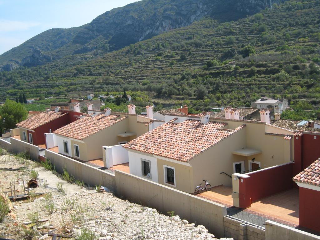 X-DV67 Plot Land in Llosa De Camacho - Property Photo 4