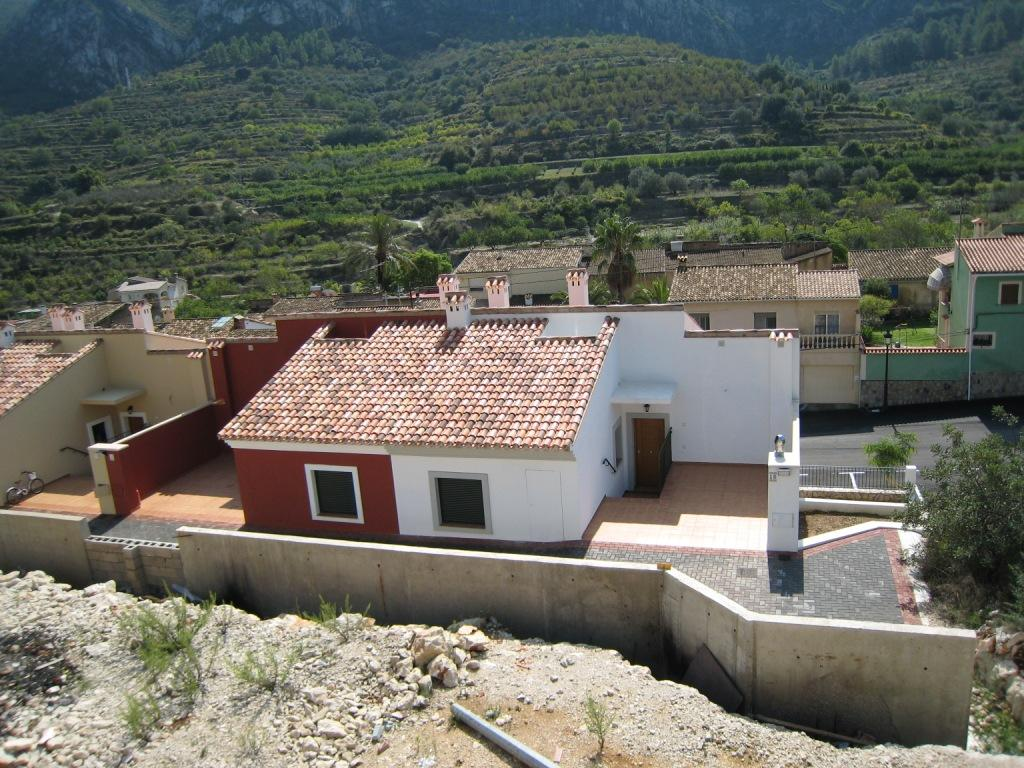 X-DV67 Plot Land in Llosa De Camacho - Property Photo 5