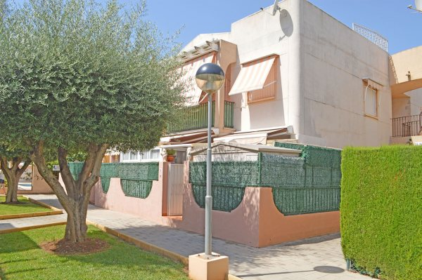 X-APT-2694 Apartmento en DéNia con 2 Dormitorios - Foto