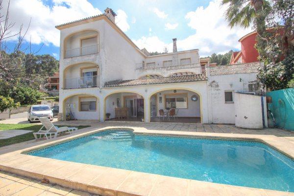 X-CHAILA Villa in Pedreguer mit 5 Schlafzimmer - Foto